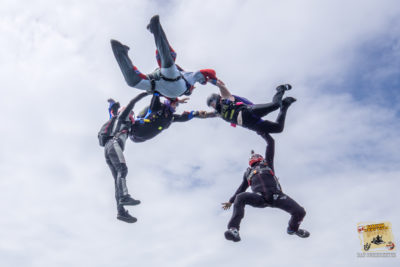 become a skydiver