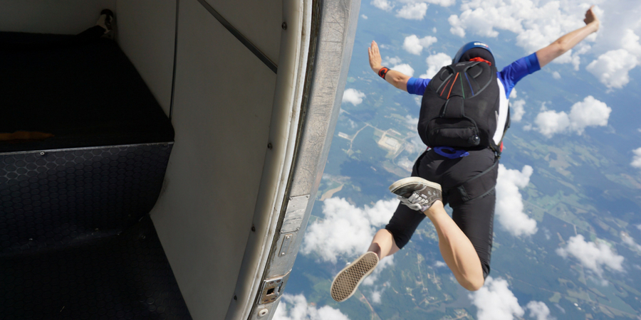 how does it feel to skydive