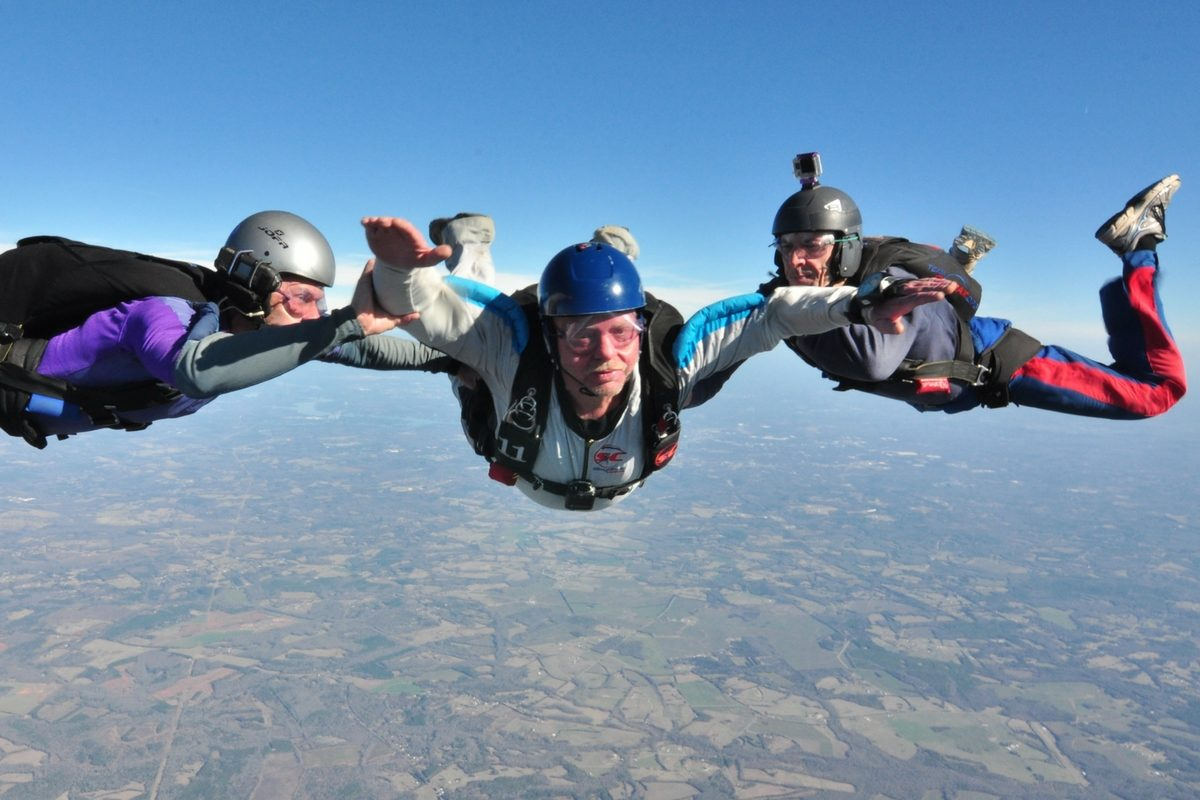 aff student works towards earning skydiving license