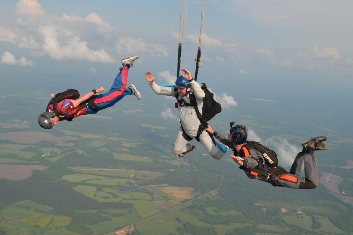 How to Become a Skydiver How to Become a Skydiver new pics