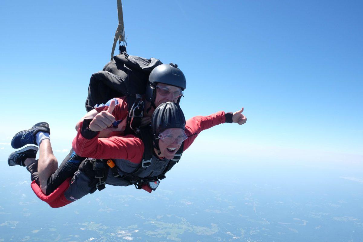 april freeze skydiving freefall skydive carolina