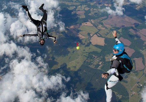 experienced skydivers make skyball jump