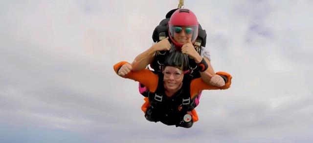 meledie dallman tandem skydive skydive carolina
