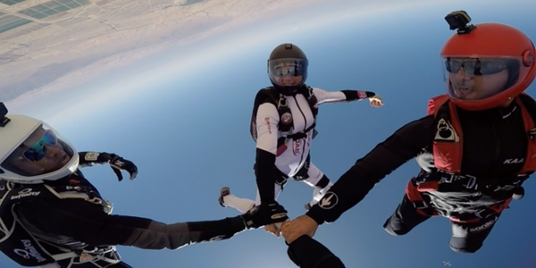 melissa nelson lowe skydiving with group
