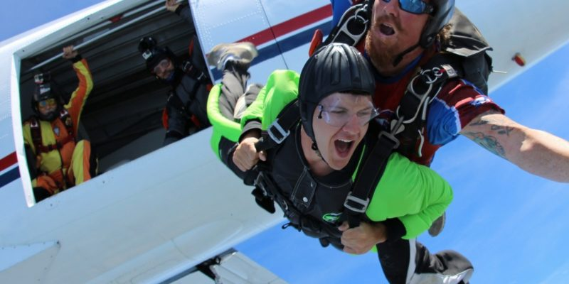 tandem student exits plane near columbia sc
