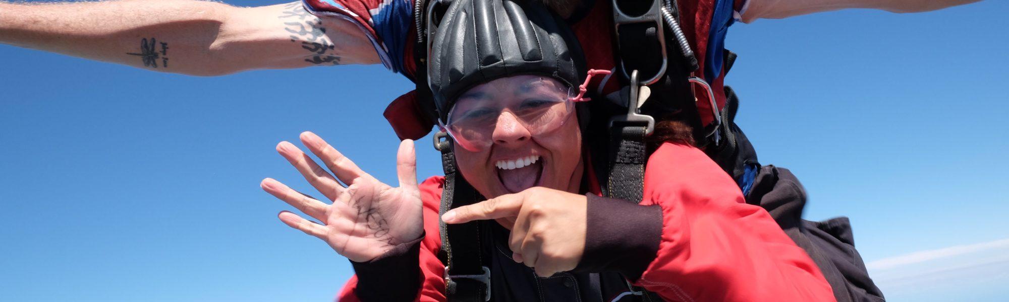 bachelor bachelorette party idea skydiving skydive carolina