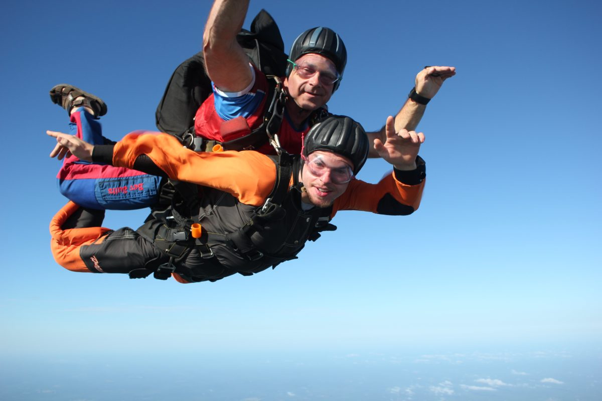 type of person who skydives tandem