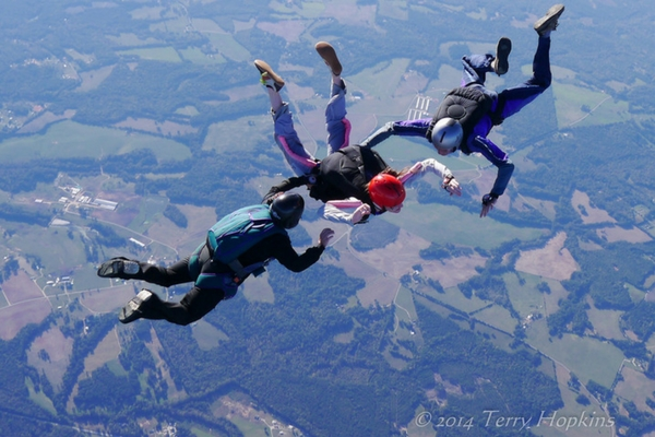 learn to skydive student