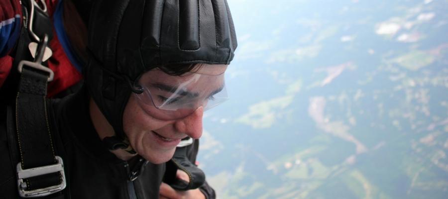 Is Skydiving Or Bungee Jumping More Dangerous Skydive Carolina